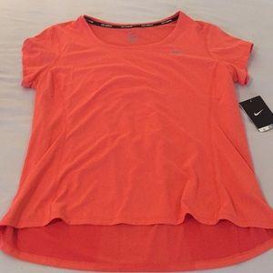 NWT Nike women's running shirt